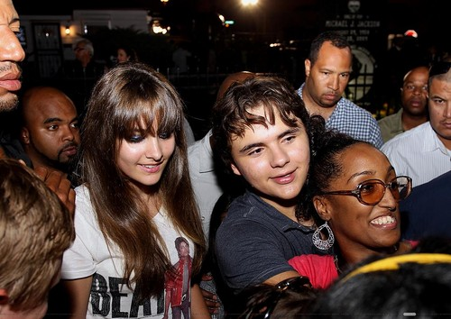 Paris Jackson and her brother Prince Jackson in Gary, Indiana ♥♥
