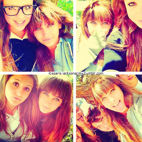 Paris Jackson and her friend ♥♥