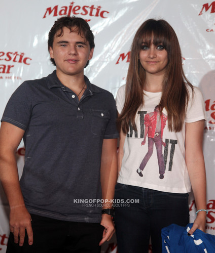 Prince Jackson and his sister Paris Jackson in Gary, Indiana ♥♥