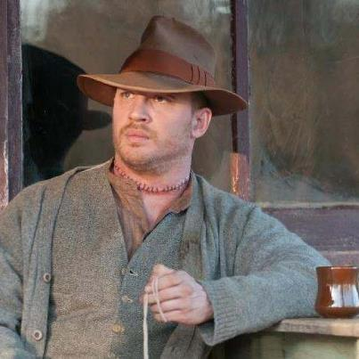Tom Hardy karatasi la kupamba ukuta with a snap brim hat, a boater, and a campaign hat called Tom Hardy - Forrest Bondurant - Lawless