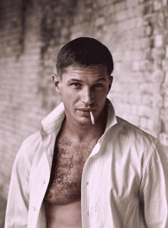 Tom Hardy wallpaper entitled Tom Hardy...