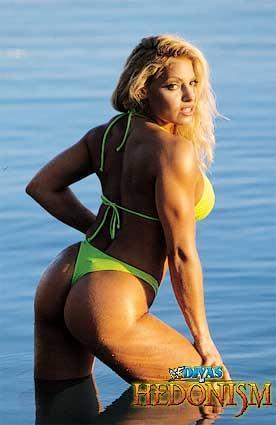 트리시 스트래터스 바탕화면 probably containing a bikini called Trish Stratus Photoshoot Flashback