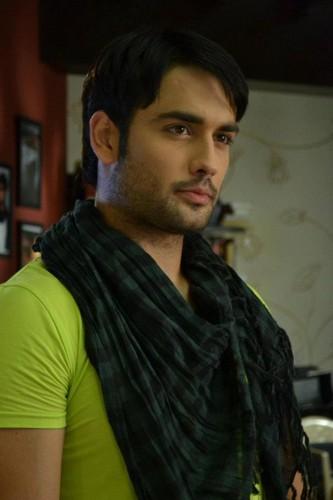 Vivian Dsena(Rishabh Kundra)