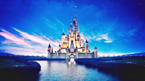 personaggi Disney wallpaper titled Walt Disney Screencaps - The Walt Disney castello