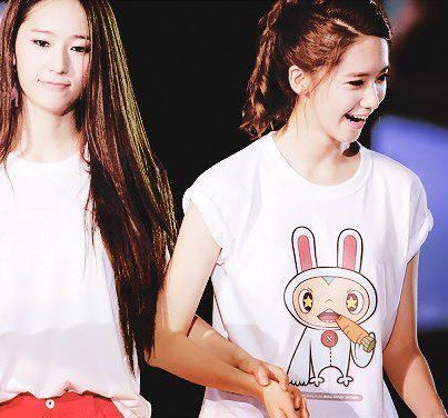 F(x) wallpaper containing a jersey titled Yoona and Krystal! <3