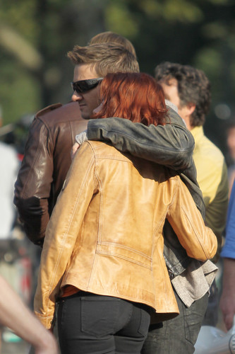 hawkeye & black widow