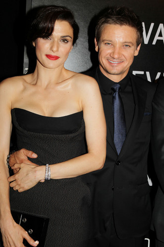 Jeremy Renner wallpaper possibly containing a well dressed person and a business suit entitled jeremy renner @world premiere of the bourne legacy