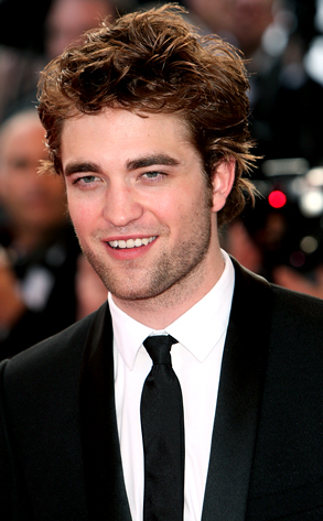 Robert Pattinson wallpaper containing a business suit, a suit, and a two piece called robert