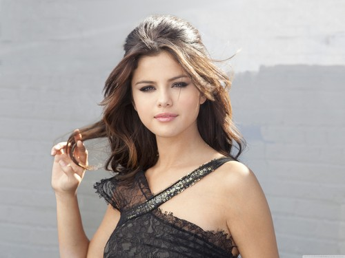 selena gomez most beautiful walls - selena-gomez Wallpaper
