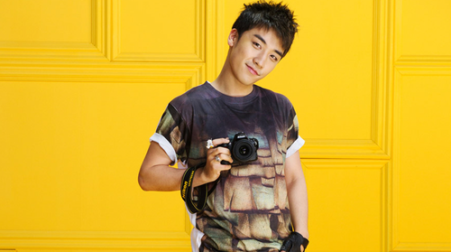DARA 2NE1 wallpaper called seungri big bang nikon