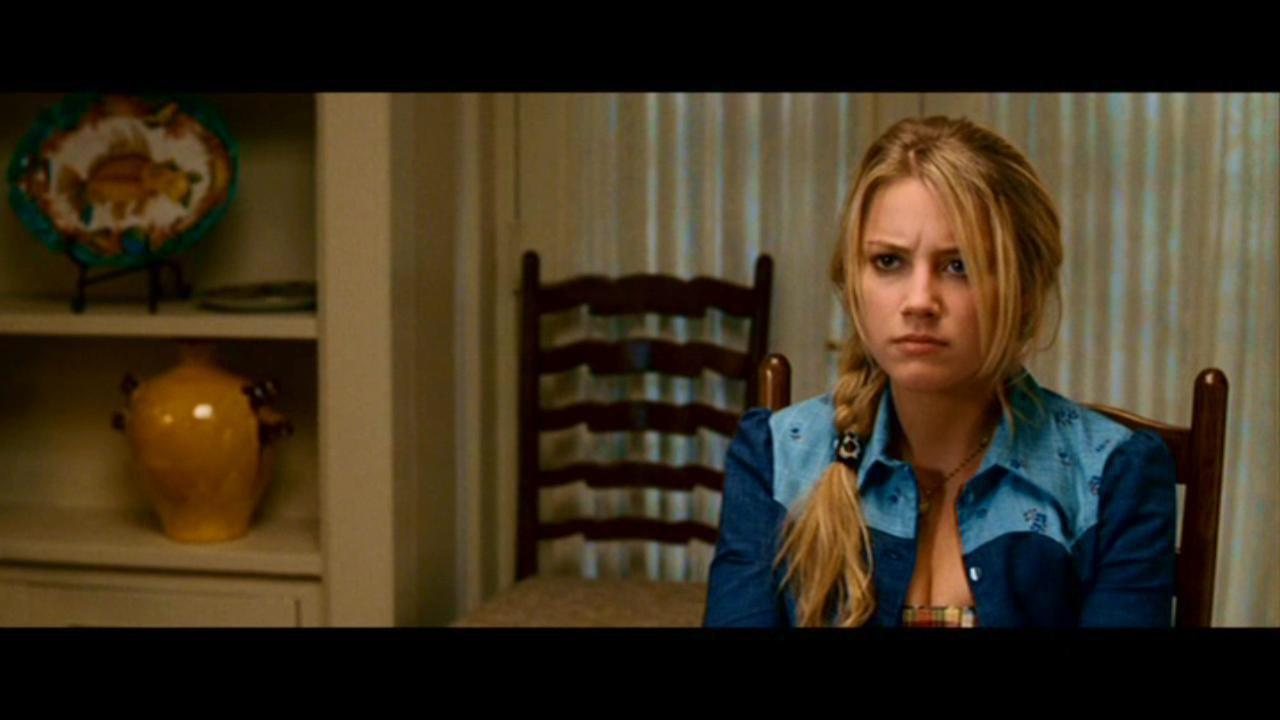 Screencap Zombieland Amber Heard Fan Pop Wwwtollebildcom