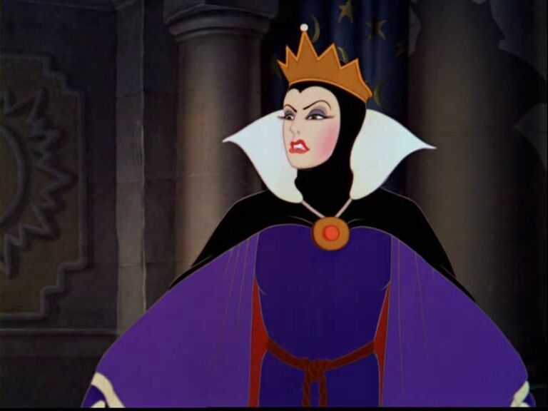Which Queen do you like better? Poll Results - Snow White ...