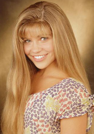 Topanga From Boy Meets World Remember How In The Beginning Had Longest Hair Ever All That Thick Beautiful Clean Moving Around Would