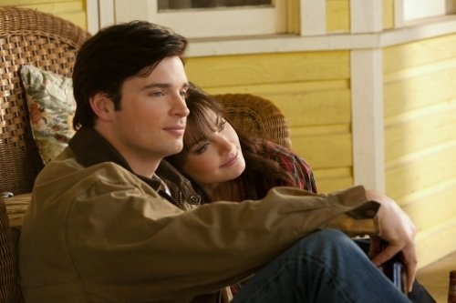 Kristin kreuk and tom welling affair do you think tom welling should