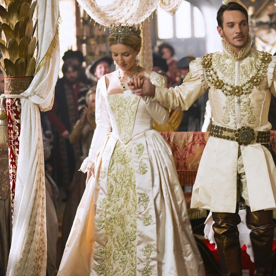 The Tudors Which wedding dress (for Henry ...