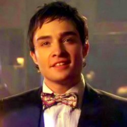 chuck bass smiling - photo #4