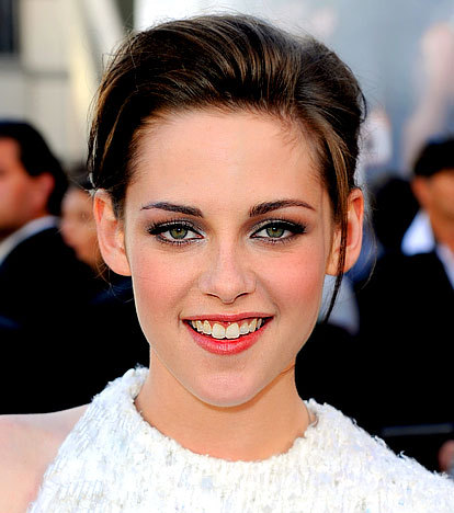 Kristen Stewart Teeth on Harry Potter Vs  Twilight Should Kristen Stewart Get Her Teeth Fixed