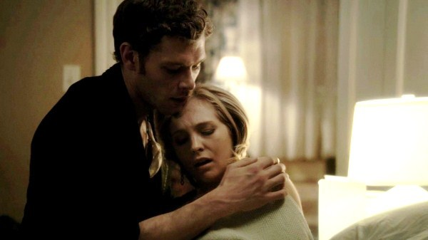 what episode do klaus and caroline first meet