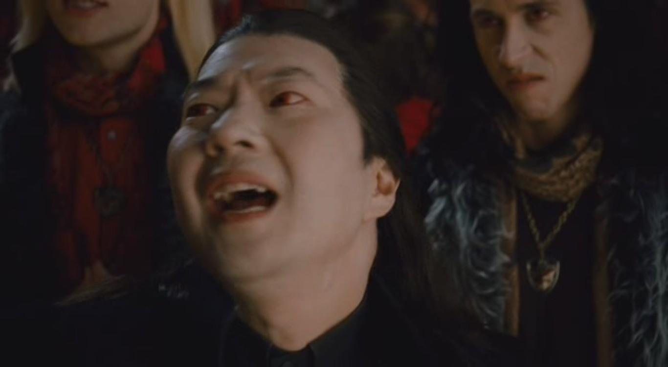 Do you think Daro(Vampires suck) looks like Aro(Twilight ...