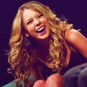 taylor swift contest round 12taylor laughing poll