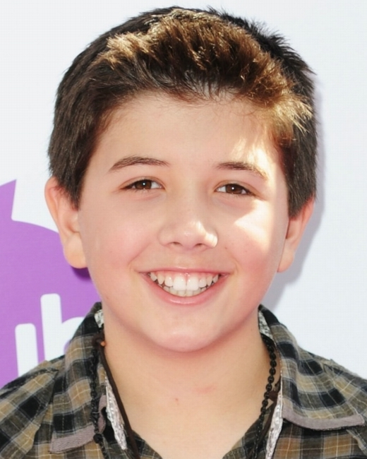 How old is bradley steven perry shirtless