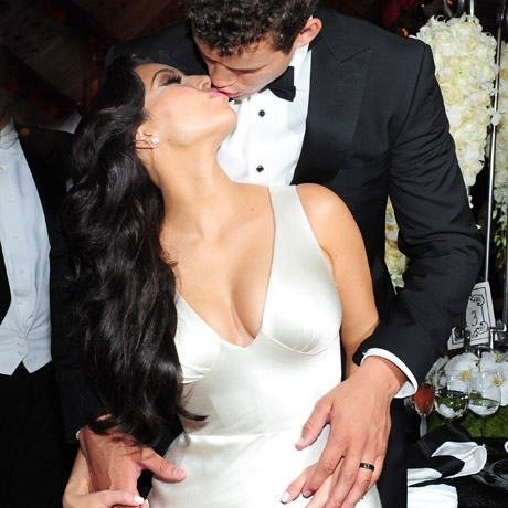 What date did Kim Kardashian marry Kris Humphries?