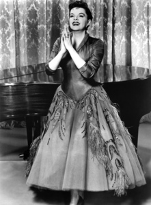 Judy Garland - Publicity Photo for the Ford Star Jubilee, Which year ?
