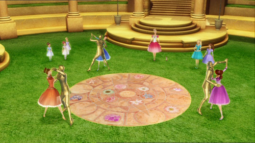 12DP:Which princess wished first to dance in the magic pavilion  with the gold prince?