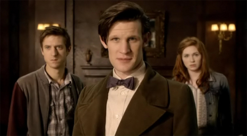 In the episode 'Lets kill Hitler' how did River song bring the Doctor back to life?