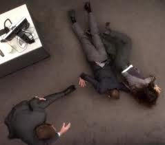In what episode does Tony, Ziva, and Mcgee dive on the ground for the car keys?