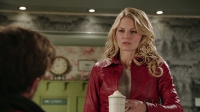 "What is Emma's response to when the Sheriff says ""Ah, you decided to stay."" in episode 1x02?"