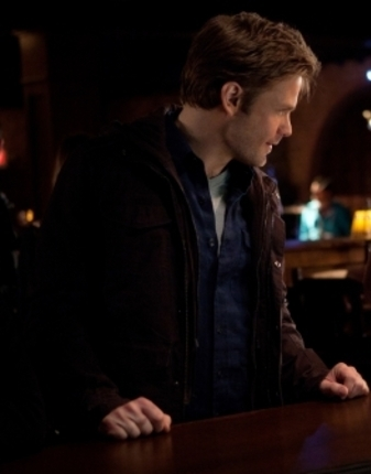 With who is Alaric talking to?