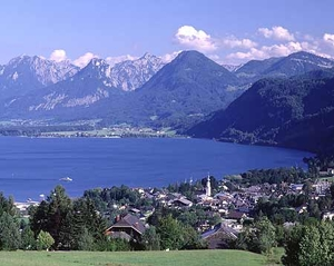 Which member of the Sound of Music cast paid for a documentary of the filming to be made in Salzburg in the 1960s?