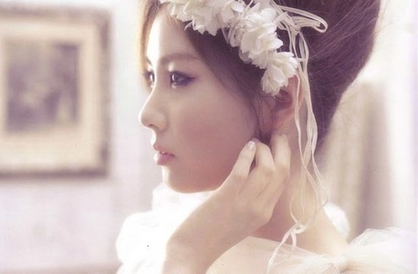 Who is Seohyun husband in a virtual marriage?