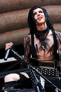 Andy is on the top 50 Greatest Rockstars In The World Today list in Kerrang(2011) ,what number is he peaked at?