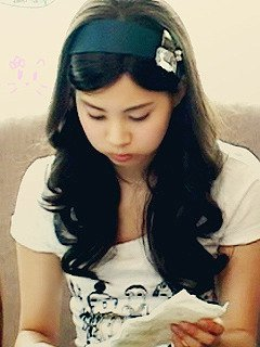 Seohyun once cried infront of a mirror. Why?
