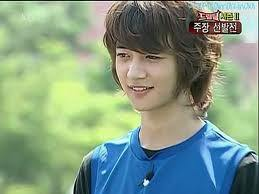 in dream team, who's come from SHINee member to cheer minho???