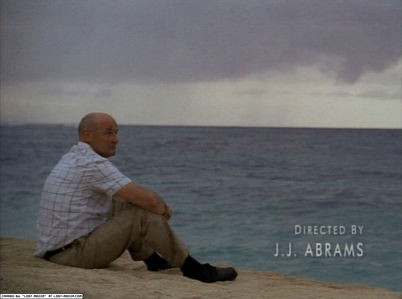 How many years was John Locke in a wheel chair before the crash? 