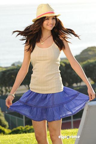 Wht is the name of Selena's designe line??