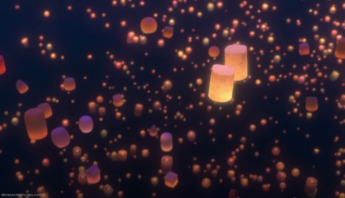 Lanterns Tangled Wallpaper Scene