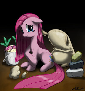 """Who did Pinkie kill in """"cupcakes the movie""""?"""