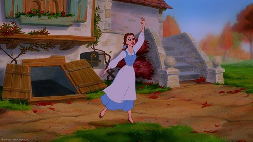 What does Belle say in this picture?