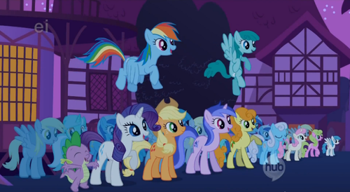 How many Derpy clones are in this photo?