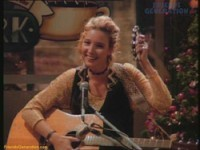 Phoebe Buffay was portrayed by?