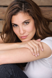 Who plays Kensi Blye?