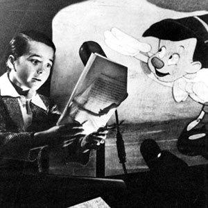 Who voices Pinocchio?