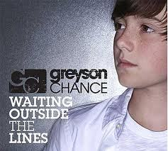 when did his debut single waiting outside the lines release?