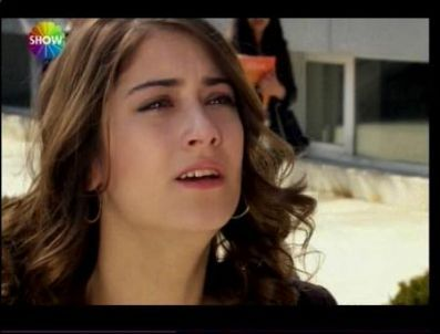 in this moment, Feriha was talking with:
