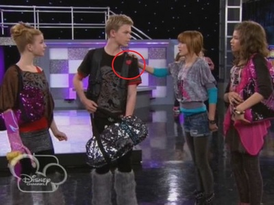 ep Hot Mess It Up- Who did give this heart to Gunther?