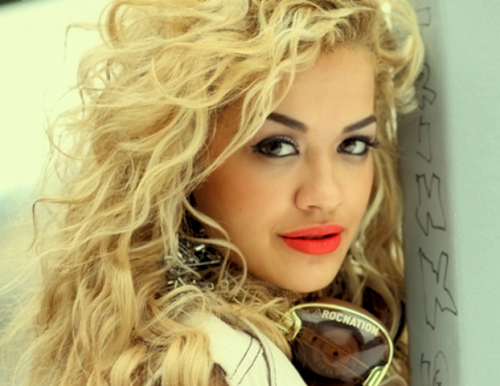 "What year Rita Ora released ""Hot Right Now"" (featuring DJ Fresh) on YouTube?"